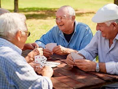 ¿Cuáles son las ventajas de la vejez, según las personas mayores?